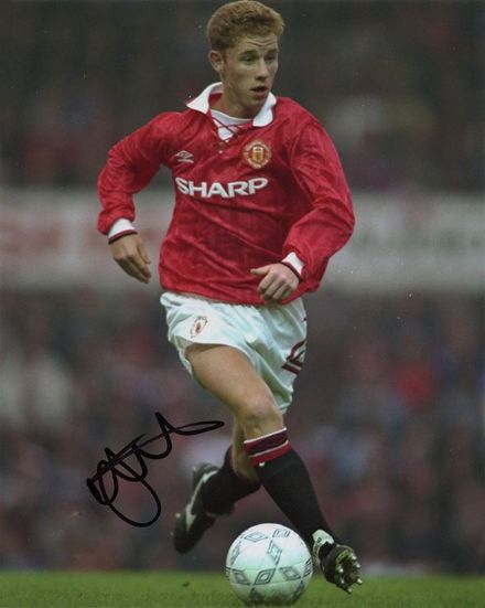 Nicky Butt, Manchester Utd & England, signed 10x8 inch photo.